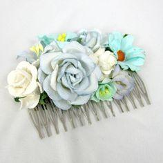Tyrkisblå hårkam med blomster