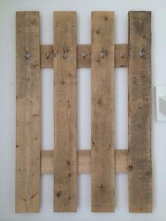 Steigerhouten kapstok met haken, gemakkelijk zelf te maken! Simpele oplossing!
