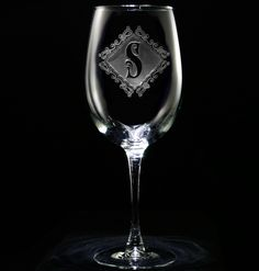 Personalized wine glasses. Engraved barware at Crystal Imagery.
