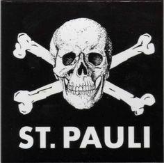 St Pauli Skull Crossbones T Shirt XL Jolly Roger Ultras Football Anti Fascist Dance Of Death, Fc St Pauli, Ultras Football, Shark Illustration, Arte Punk, Pirate Wedding, Celtic Fc, Skulls And Roses, Hamburg Germany