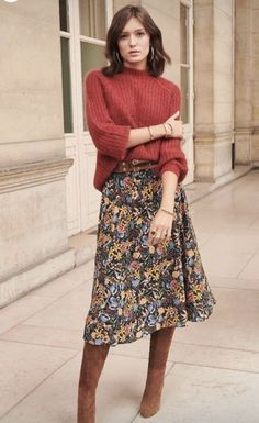 Fall Outfit - Floral Skirt, Boho Shoes & Hippie Sweater Fall Outfit - Floral Skirt, Boho Shoes & Hippie Sweater Bohemian fashion ideas for inspired women, hippie style clothing<br> Mode Outfits, Fashion Outfits, Fashion Ideas, Style Fashion, Fashion Skirts, Fashion Hacks, Classy Fashion, Fashion Goth, Petite Fashion