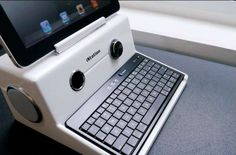 Retro Computer-Inspired Docks : iPad iStation