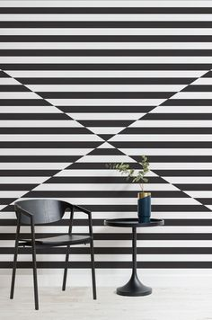 A geometric wall mural is a great design choice when wanting to show creative flair through your interior and the Argus Geometric Triangle Mural will definitely achieve this. The contrasting sections of the mural will bring your space to life in an exciting way, showcasing creativity and bringing the wow-factor to any room. #dazzlecamo #dazzledesign #interiordecor #home #wallpaper #mural #striped #geometric #monochrome #modernist