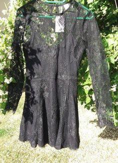 Kup mój przedmiot na #vintedpl http://www.vinted.pl/damska-odziez/krotkie-sukienki/18839403-czarna-koronkowa-sukienka-hm