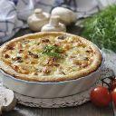 Aprenda a fazer uma torta de frango com tomatinho. Esta receita leva farinha de trigo integral e farelo de aveia integral.