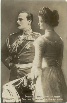 """Prince Ernest Louis-Ludwig Charles Albert William """"Ernie"""" (1868-1937) Hesse, & 2nd wife Princess Eleonore (1871-1937) Solms-Hohensolms-Lich, Ernest Louis married Eleonore in 1905 after recovering from a much criticized divorce from his 1st cousin Princess Victoria Melita """"Ducky"""" on grounds of """"invincible mutual antipathy"""""""