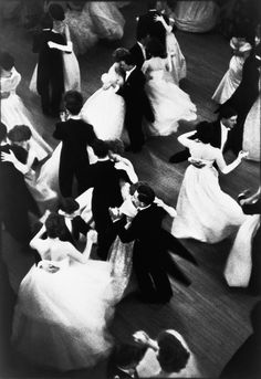 Henri Cartier-Bresson, Londres—Queen Charlotte's Ball, 1959 | ball room | floor boards | couples | dance | dancing | vintage | www.republicofyou.com.au