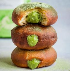 Matcha Filled Doughnuts/Sufganiyot - The Tasty K Vegan Doughnuts, Fried Donuts, Organic Matcha Powder, Rainbow Smoothies, Buttercream Filling, Just Bake, Yummy Food, Tasty, Vegan Butter