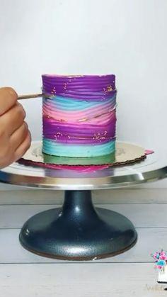Cake Decorating Videos, Birthday Cake Decorating, Cake Decorating Techniques, Colorful Birthday Cake, 16 Birthday Cake, Fun Baking Recipes, Baking Tips, Pretty Cakes, Cute Cakes