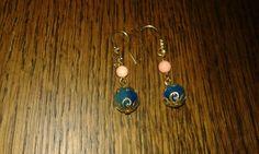 Orecchini con cavalluccio marino, perla e pietra dura