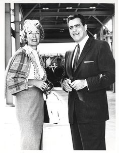 Gail Patrick, executive producer of the Perry Mason TV series with star Raymond Burr. From the Jim Davidson Collection. Mason Raymond, Raymond Burr, Hollywood Pictures, Old Hollywood, Classic Tv, Classic Movies, Jim Davidson, Gail Patrick, Perry Mason Tv Series