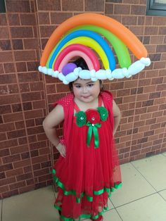 Rainbow Balloon hat  Be different and look fabulous with the Drama #rainbow#headband#school showcase#morischool#ampm_artandpartymaker#tangerangselatan#bsd