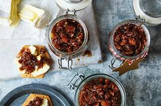 This maple bacon jam is the perfect partner for cheese, and makes a great dairy- and gluten-free edible gift. Find Edible Christmas gifts at Tesco Real Food. Salami Recipes, Jam Recipes, Recipies, Edible Christmas Gifts, Christmas Recipes, Edible Gifts, Diy Christmas, Maple Bacon Jam Recipe, Chocolate Salami Recipe