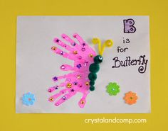 Handprint Spring Crafts For Kids. I really love handprint crafts because they are fun for the kids to do but also become great keepsakes as the kids grow. Bug Crafts, Daycare Crafts, Classroom Crafts, Sewing Crafts, Alphabet Crafts, Letter A Crafts, Letter B, Preschool Art Projects, Preschool Crafts
