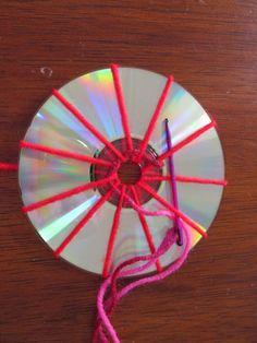 Ein bisschen Haushalt...: Basteln mit CDs - Weben