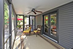 Traditional Porch with Screened porch, Fence