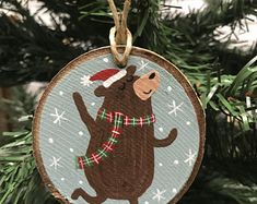 Homemade Christmas Gifts, Christmas Gifts For Kids, Holiday Crafts, Wooden Christmas Ornaments, Christmas Tree Decorations, Navidad Diy, Christmas Mood, Wood Slices, Polar Bear