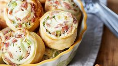 The 6 best finger food recipes for your New Year's Die 6 besten Fingerfood-Rezepte für deine Silvester Party You want to throw a huge party on New Year's Eve? We have the 6 tastiest and coolest finger food recipes for you here. Party Finger Foods, Snacks Für Party, Best Appetizer Recipes, Appetizers For Party, Party Recipes, Drink Party, Clean Eating Snacks, Healthy Snacks, Best Snacks
