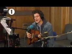 Jamie T - If I Were A Boy (Beyonce Cover) - Live Lounge - YouTube