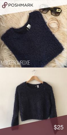 H&M cozy crop sweater Faux fur sweater is soooo soft you won't want to take it off. It is a cropped style so wear with some high waisted jeans or shorts and top with boots and your fav hat. Excellent condition. H&M Sweaters Crew & Scoop Necks