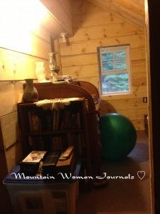 Mountain Woman Journals: The Comforts of Home