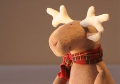 Stuffed Plush Reindeer by andreavida on Etsy, €27.00
