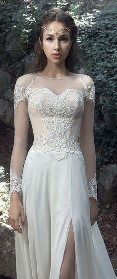 Milva Bridal Wedding Dresses 2017 Toulouse / http://www.deerpearlflowers.com/milva-wedding-dresses/2/