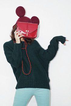 Today's Hot Pick :性感大领宽松版百搭羊毛衫 http://fashionstylep.com/SFSELFAA0005878/aurajcn/out