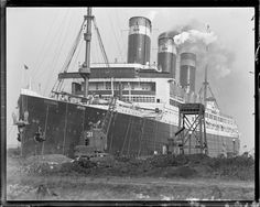USS Leviathan in Boston     Jones, Leslie, 1886-1967 (photographer)    Date created: 1917 - 1934 (approximate)    : 1 negative : glass, black & white ; 4 x 5 in.     Glass negatives