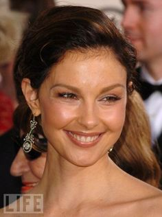 Ashley Judd, Hulk Marvel, Country Music Singers, Golden Globe Award, Beautiful Actresses, Old Hollywood, Movie Stars, Style Icons, Musica