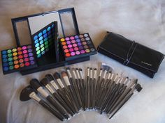 Yes please!! I love makeup! Can never have enough, no matter what my husband says ;)