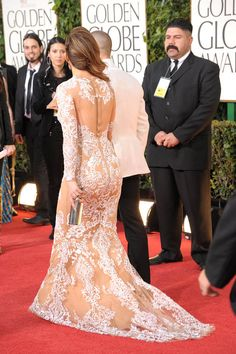 Find images and videos about gown and Jennifer Lopez on We Heart It - the app to get lost in what you love. Long Sleeve Evening Dresses, Cheap Evening Dresses, Prom Dresses, Wedding Dresses, Semi Formal Dresses, Formal Wear, Jennifer Lopez Images, Golden Globe Award, Golden Globes