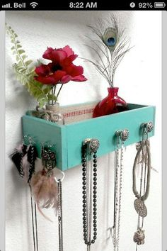 repurpose old drawers !( Idea)!!! Thanks for sharing!