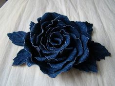 : More The post Denim Roses ?: 2019 appeared first on Denim Diy. Denim Flowers, Felt Flowers, Fabric Flowers, Paper Flowers, Twine Flowers, Jean Crafts, Denim Crafts, Fabric Crafts, Sewing Crafts