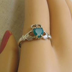Sterling Irish Cladagh Ring with Emerald Vintage Size 9 by PandPF #vogueteam #vintageisgreen