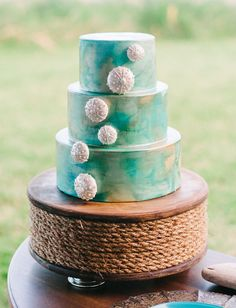 beach decor cake