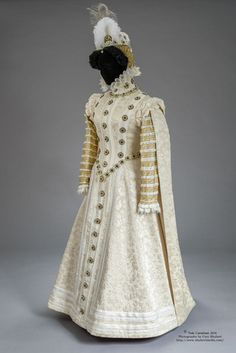 (modern reconstruction) Truly Carmichael's version of the 1570 Infanta Isabella Clara Eugenia dress.