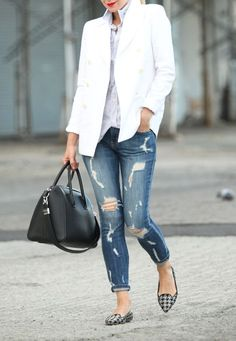 Hooray for Flats (via Bloglovin.com )