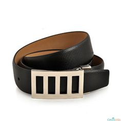 Look attractive in Self Textured Smoky Black Slim Leather Belt from Oasis Leather.