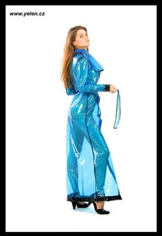Plastic Raincoat, Pvc Raincoat, Imper Pvc, Rain Bonnet, Vinyl Dress, Rain Wear, Puffer Jackets, Costumes For Women, Hot Girls