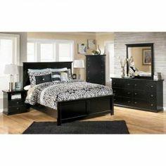 Maribel 5 Piece Bedroom Set