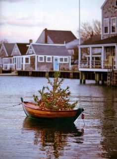Coastal Christmas boat tree.