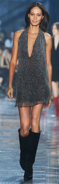 H&M Studio AW14 show. Watch video: http://www.youtube.com/watch?v=Fd8dKMBBgls #hmstudioaw14 #pfw #catwalk #model