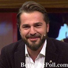 Turkish Women Beautiful, Turkish Men, Turkish Beauty, Turkish Actors, Handsome Celebrities, Most Handsome Men, Handsome Actors, Famous Warriors, Foreign Celebrities