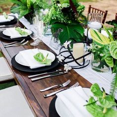 #tbt That time 73 of our closest family and dearest friends dined with us. #ourwedding #placesetting #takemeback #throwbackthursday #mrmrsninja #thewaytoafloristsheart