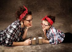 Beautiful, unique way to show off a mother, daughter bond!