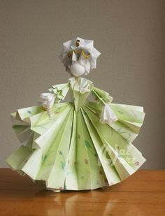 Origami Rocococostume. made by Anneke Kingma