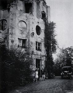 The Column House / The Désert de Retz