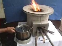 Ecocina step by step Wood Stove Cooking, Fire Cooking, Outdoor Cooking, Jet Stove, Stove Oven, Wood Stove Heater, Home Rocket, Survival Stove, Diy Cement Planters