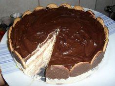 A Torta Holandesa Rápida de Liquidificador fica pronta em menos de 30 minutos, é prática e muito econômica. Faça essa torta holandesa e agrade toda família!